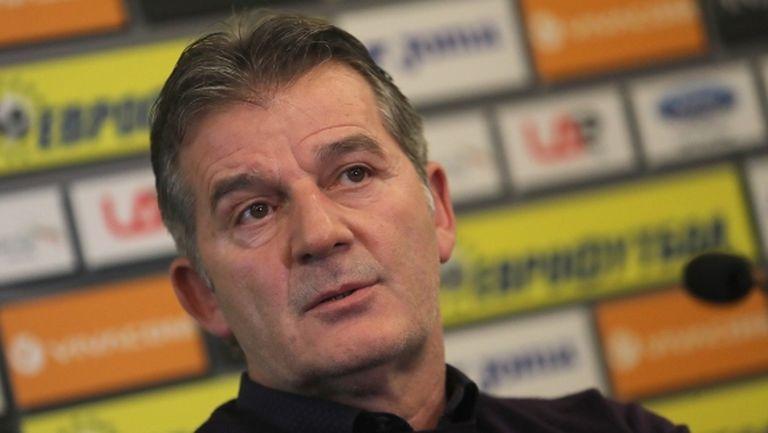 Емил Костадинов: Мачът с Унгария ще е в София (видео)