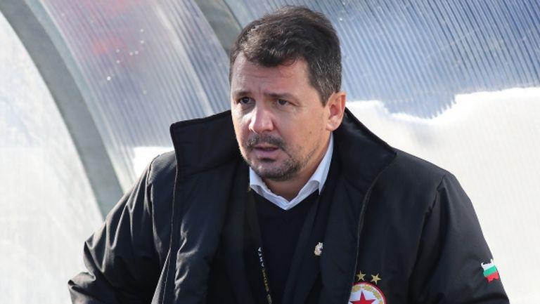 Крушчич знае 10 от 11-те титуляри за мача с Левски, обясни какво става с Албентоса, Тиаго и Юрич