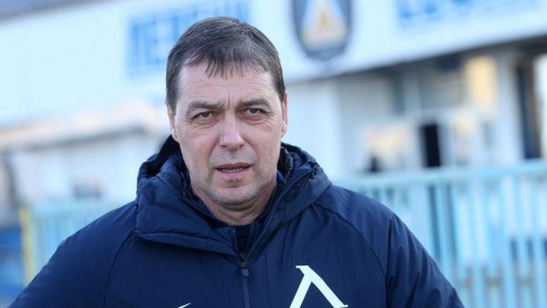 Хубчев с три колебания за сблъсъка с ЦСКА-София