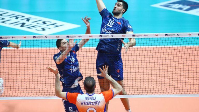 Георги Сеганов и Халкбанк с 9-а победа в Турция