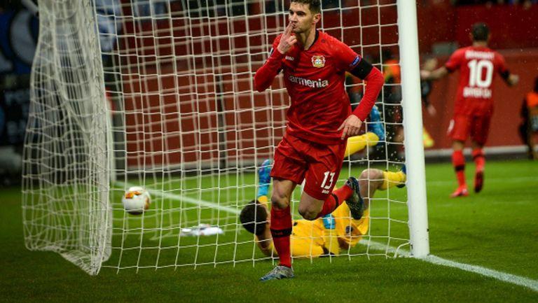 Байер (Л) взе минимален аванс срещу Порто (видео)