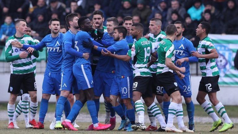 """Страхотен трилър на """"Тича! Левски изпусна победата в последната секунда (видео+галерия)"""