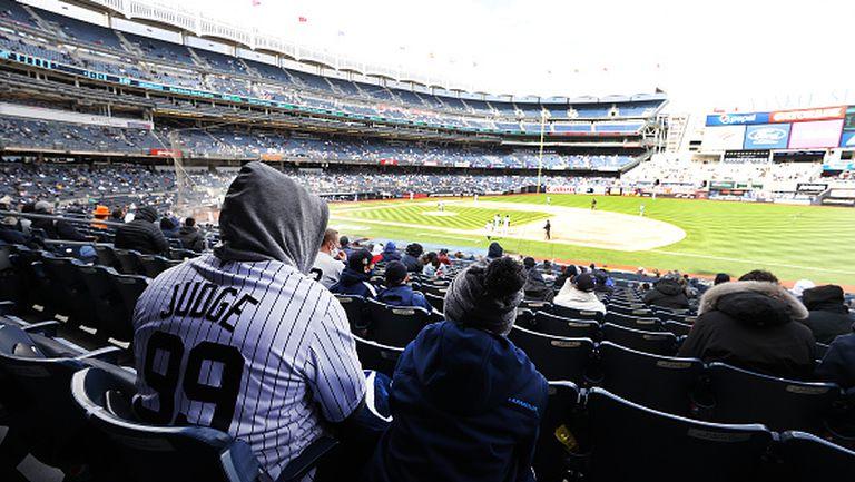В САЩ разрешиха присъствието на фенове на бейзболни мачове