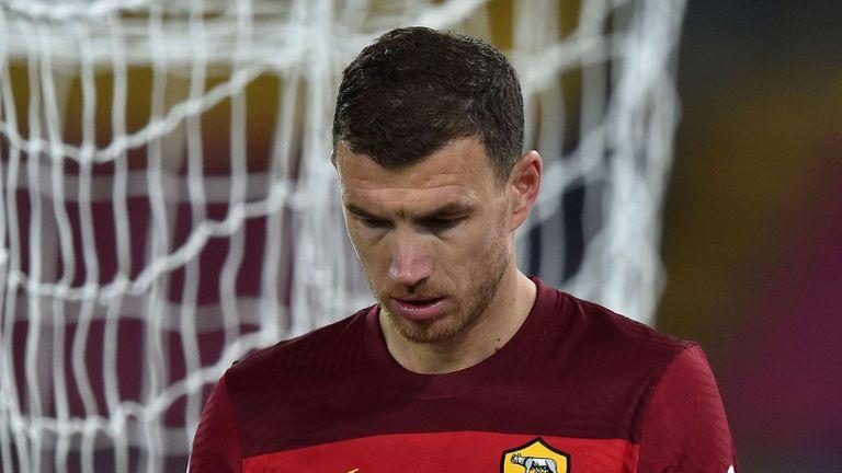 Рома оглежда петима нападатели в търсене на заместник на Джеко
