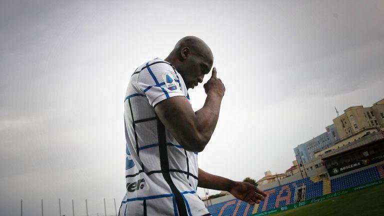 """Лукаку не можа да вкара (редовен) гол, но влезе в историята на Серия """"А"""""""