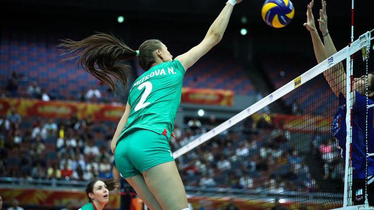 Нася Димитрова: Волейболът е моята първа любов, моите сълзи, моята професия...