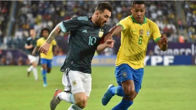 Алекс Сандро пропуска контрола на Бразилия заради контузия