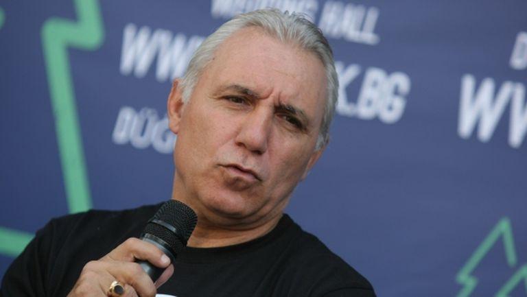 Стоичков: Взимам Куман за треньор на Барса със затворени очи