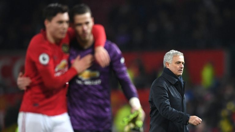 """Ман Юнайтед вгорчи завръщането на Моуриньо на """"Олд Трафорд"""" (видео)"""