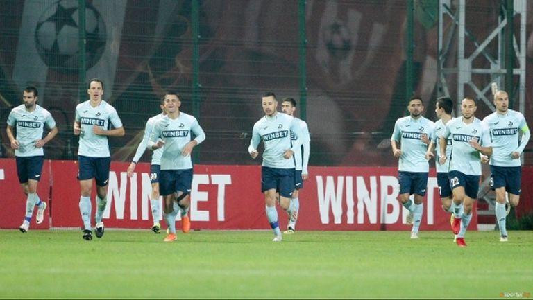 Дунав обяви раздяла с четирима футболисти