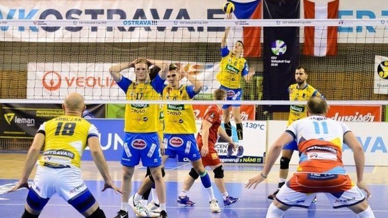 Иван Колев и Задруга стартираха с драматична победа за Купата на CEV