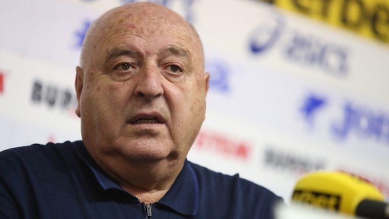 Венци Стефанов твърдо против ВАР, призна за голям конфликт около националния тим
