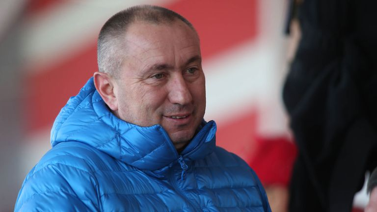 Новак в Русия иска Станимир Стоилов