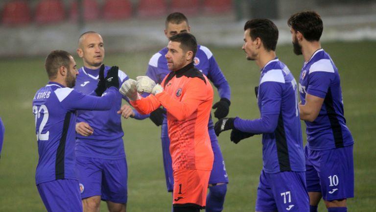 Етър и Ботев (Враца) не успяха да се победят (видео)
