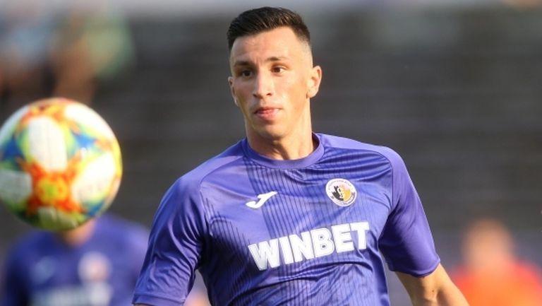 ЦСКА-София преговаря за привличането на халф от Етър