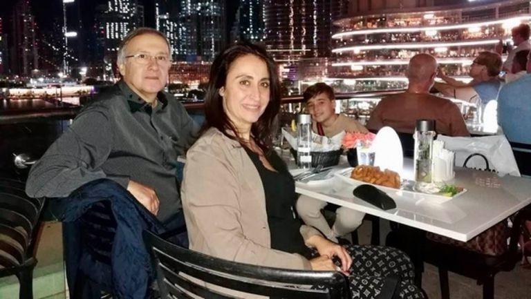 Георги Дерменджиев разпуска в Дубай (снимки)