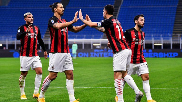 Милан пребори Интер с 2:1, Ибра се завърна с два гола