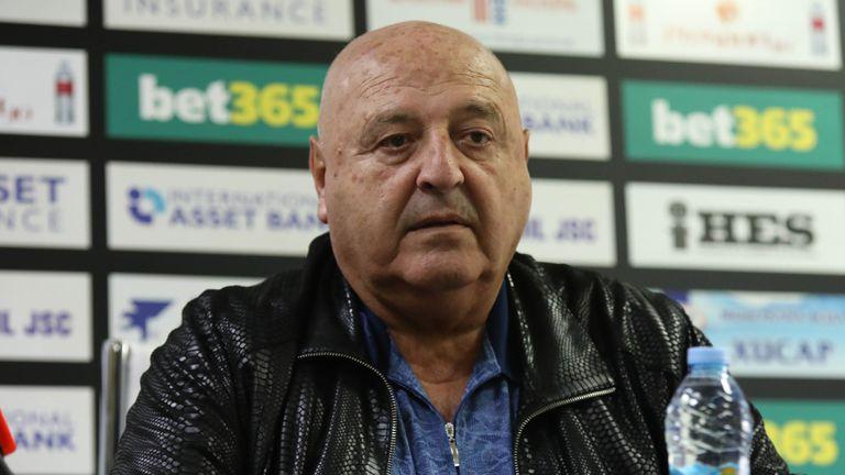 Комисията за защита от дискриминация заседава по сигнала за расизъм срещу Венци Стефанов