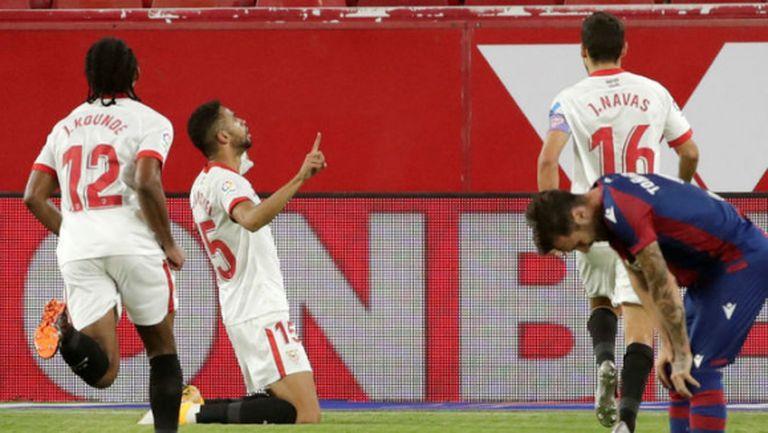 Севиля остана без грешка след гол в последните секунди (видео)