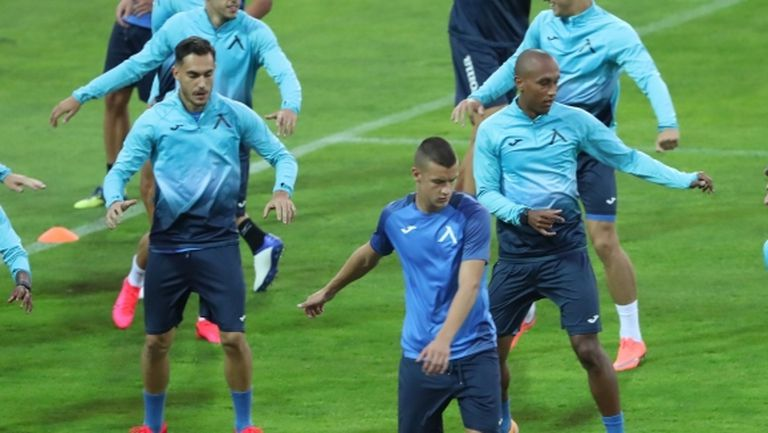 Левски тренира без Спиерингс и Мохамед, тестовете за COVID-19 в отбора са отрицателни