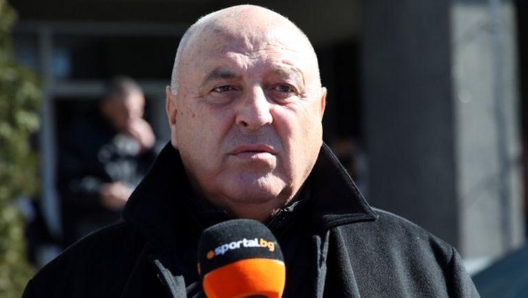 Венци Стефанов изригна: Престъпление е Бербатов да стане шеф на БФС!