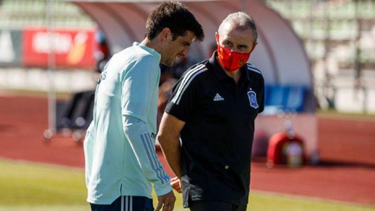 Двама отпаднаха от състава на Испания