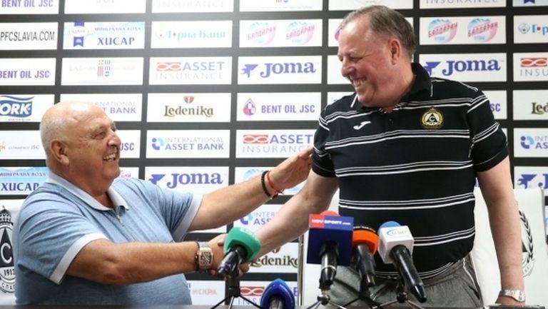 Тарханов се колебае за атаката