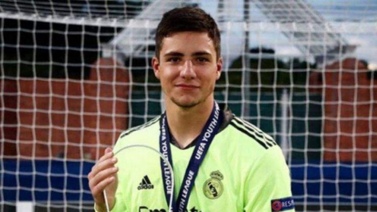Синът на Канисарес е в групата на Реал Мадрид за мача срещу Кадис