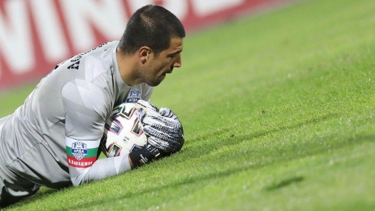 Караджов: Призовавам всички да не се шашкат, ще продължим с добрия футбол