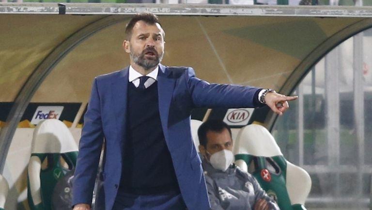 Треньорът на Антверпен: Чувстваме се аутсайдери, искаме просто да се забавляваме