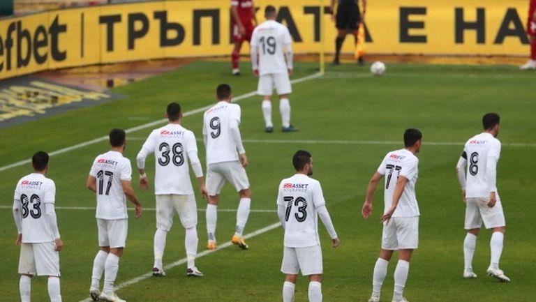 Официално: Отложиха следващите два мача на Славия