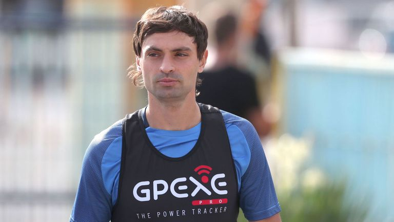 В Левски започват преговори с основни футболисти