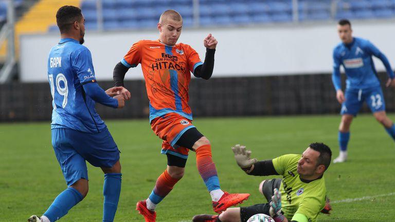 Билал Бари се отпуши и донесе успеха на Левски над Сливнишки герой с 2:0