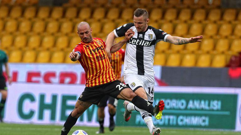 Гол в края спаси Парма от загуба срещу Беневенто