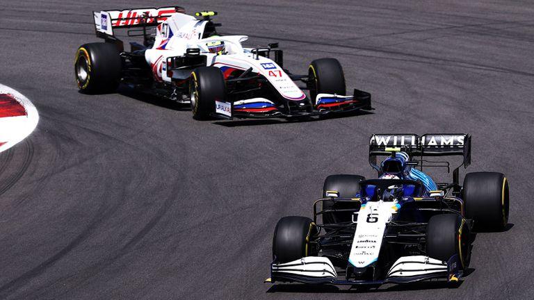 Мик Шумахер е щастлив да се бори с пилотите на Уилямс