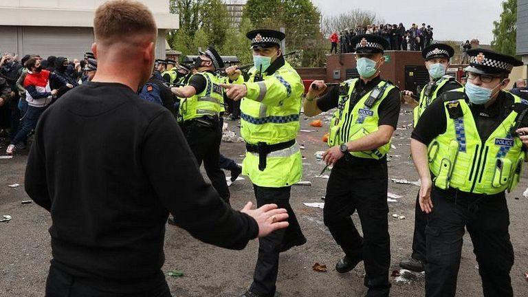 Полицията в Манчестър с първи арест след протестите