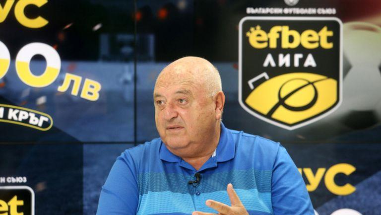 Венци Стефанов: Лудогорец шампион, ЦСКА има шанс за купата, целувачи на задници сготвиха Боби