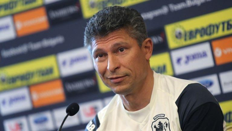 Бала разкри името на един дебютант за утре и каза: Чакаме шанс за класиране на Евро 2020 през март