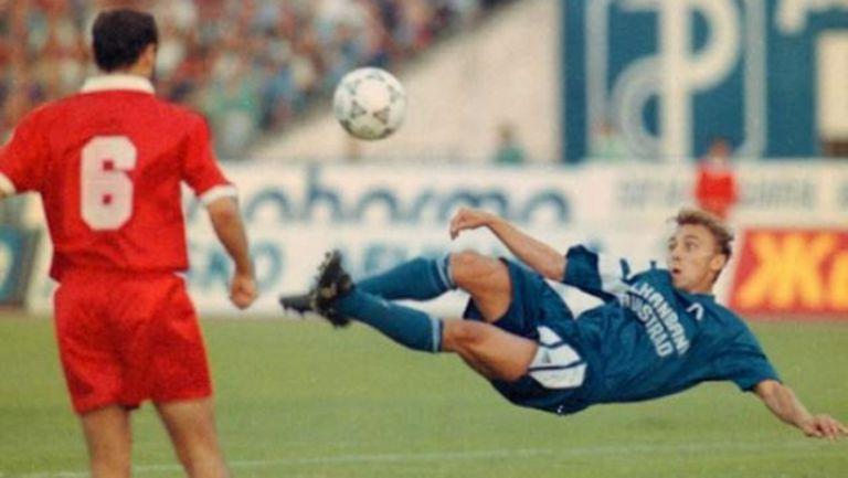 На днешната дата преди 25 години Левски мачка ЦСКА със 7:1