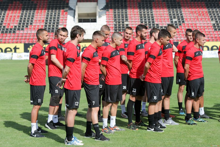 Първа тренировка на Локомотив София