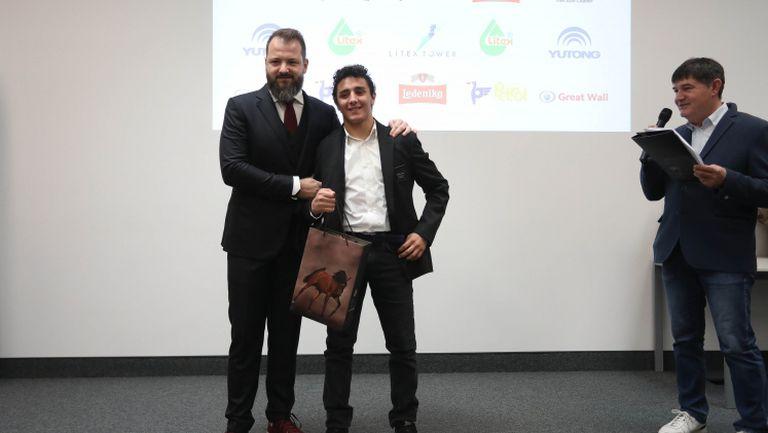 Едмонд Назарян: Сравненията с моя баща ми тежат, но повече ме мотивират