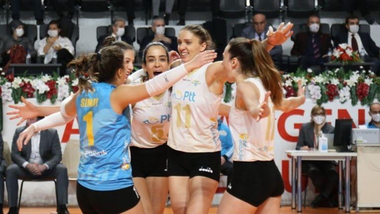 Христина Вучкова и Емилия Димитрова с по 20 точки за победа №8 на ПТТ (видео + снимки)