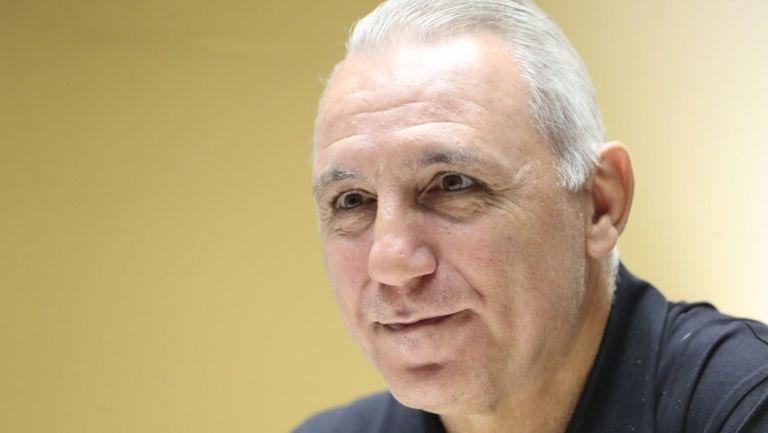 Стоичков: Вярвайте, че отново ще имаме поводи за футболна радост
