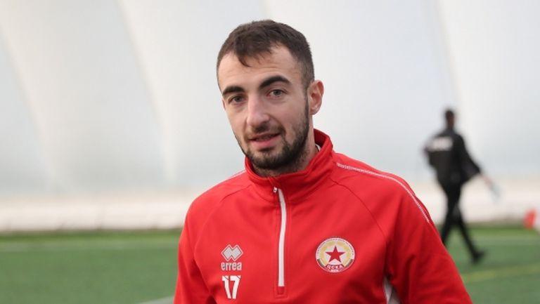 Дани Младенов пред завръщане в Етър