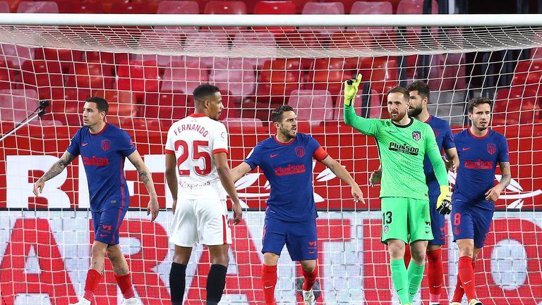 Севиля спря лидера Атлетико Мадрид и завърза интригата в Ла Лига