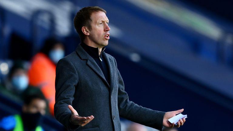Изненадващ фаворит за нов мениджър на Тотнъм, Бейл може да остане в Лондон
