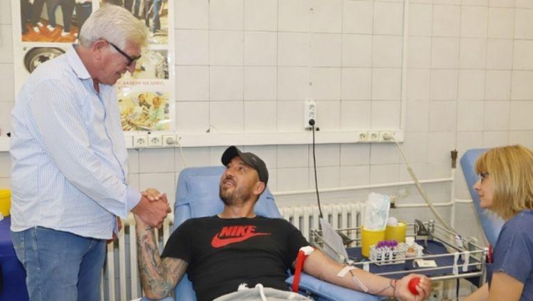 """""""Червените"""" спасяват животи във ВМА"""