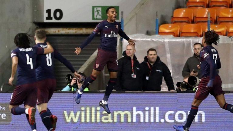 Емери дебютира успешно в любимия турнир на Венгер, 19-годишен кадър на Арсенал обра овациите (видео)