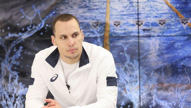 Антъни Иванов: Няма значение дали се харесваме или не - всички трябва да плуваме за България