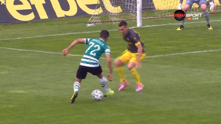 Родриго след рикошет в крака на Марио Младеновски изведе Черно море напред в резултата срещу Ботев (Пловдив)